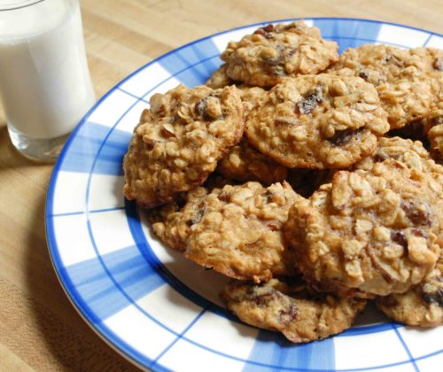Cherry Almond Oatmeal Cookies _2