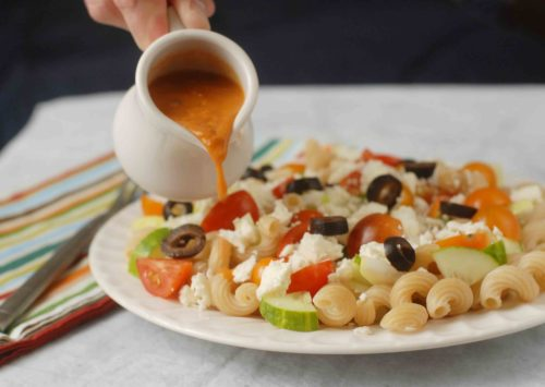 meditteranean-pasta-plate-with-sauce